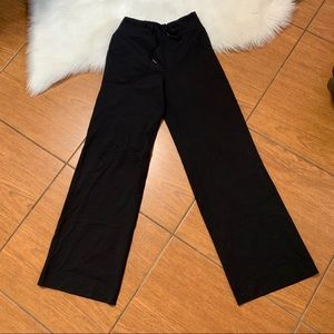 Lululemon size 2 black leggings wide leg like new